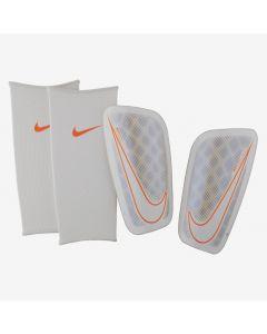 Nike Mercurial Flylite Shin Guards - White/Chrome